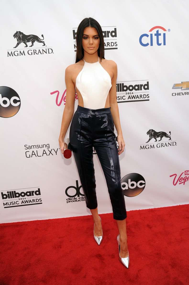 2014-billboard-music-awards-red-carpet-1