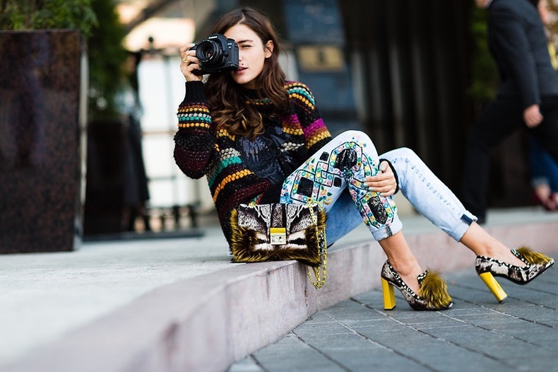 4229356_Eleonora-Carisi-Fendi-fur-shoes-e-Cavalli-jeans-almaty-streetstyle