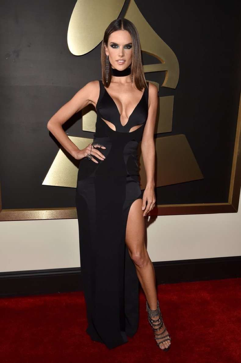 alessandra-ambrosio-red-carpet-grammys-2016