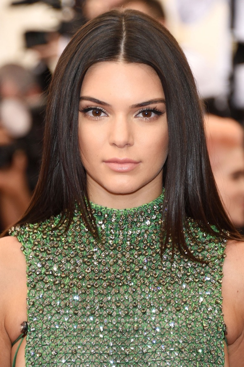 kendall-jenner-beauty-vogue-5may15-getty_b