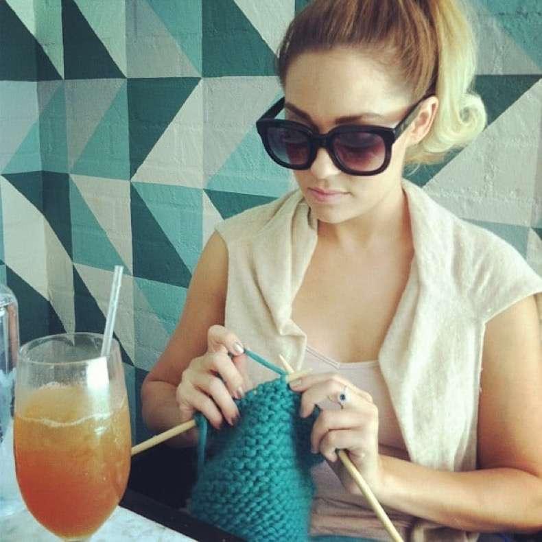 lauren-conrad-got-work-knitting-project