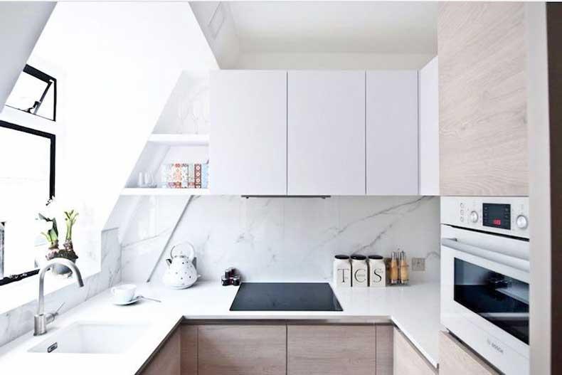 u-shape-kitchen-elle-decor-small-kitchen-white-cabinets-cococozy
