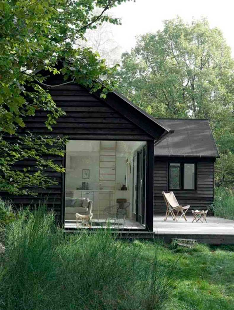 black-cabin-1
