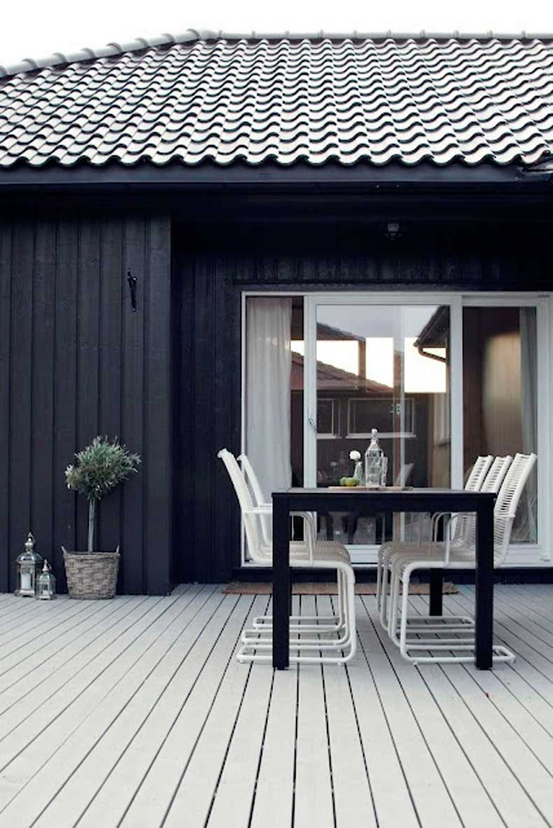 black-exterior-2