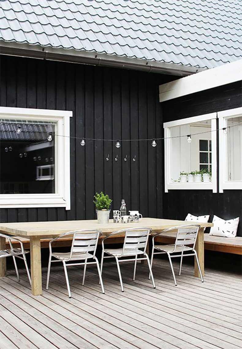 black-white-patio