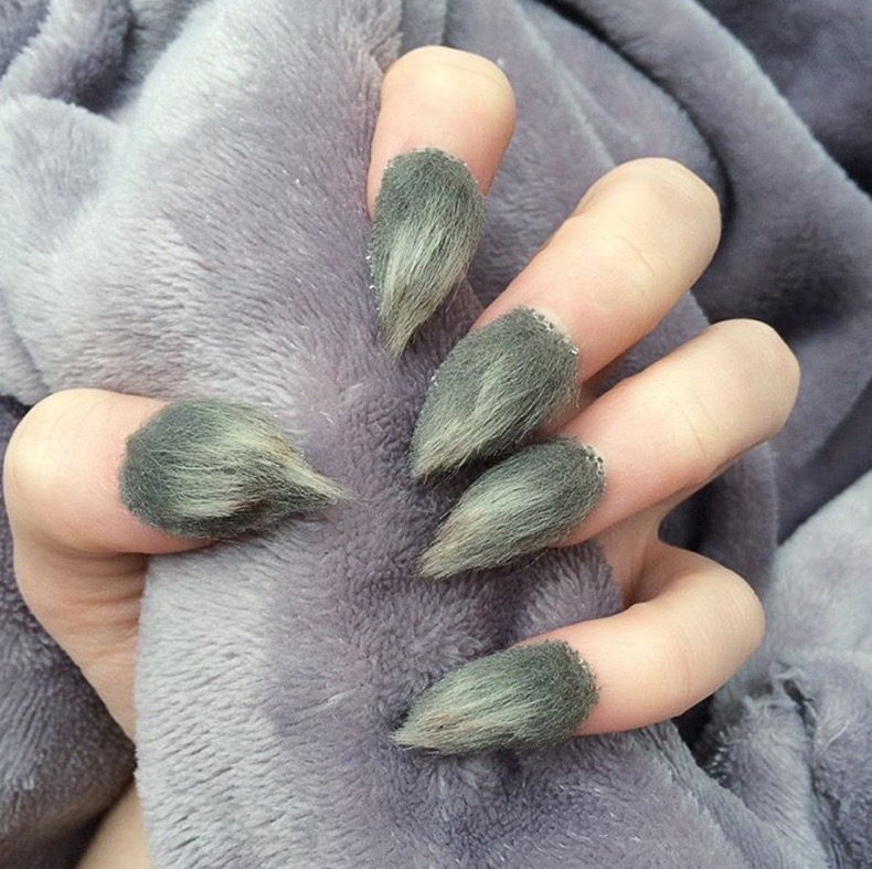 hbz-halloween-nails-cool-08