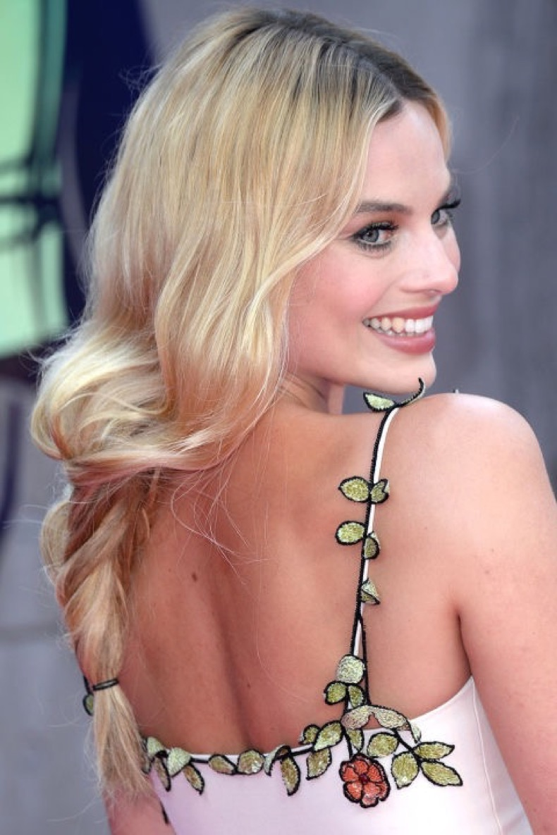 hbz-sexy-hairstyles-margot-robbie