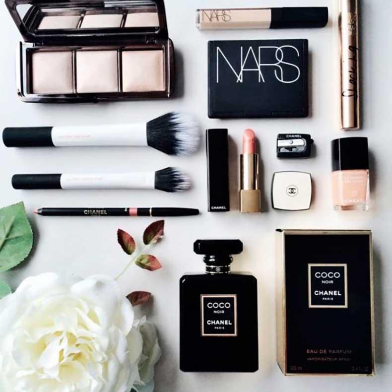 makeup1-e1426025130823-947x1024-600x600