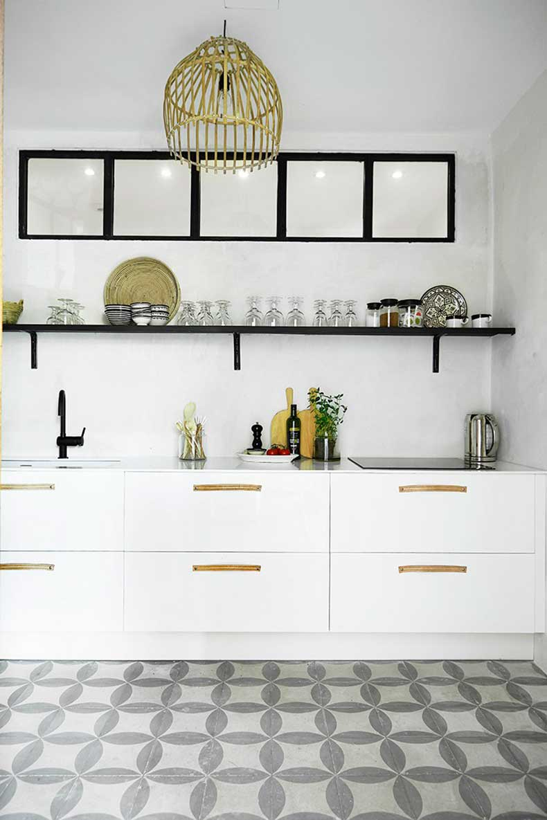 mallorca-apartment-wall-to-wall-cement-tile-kitchen-cococozy