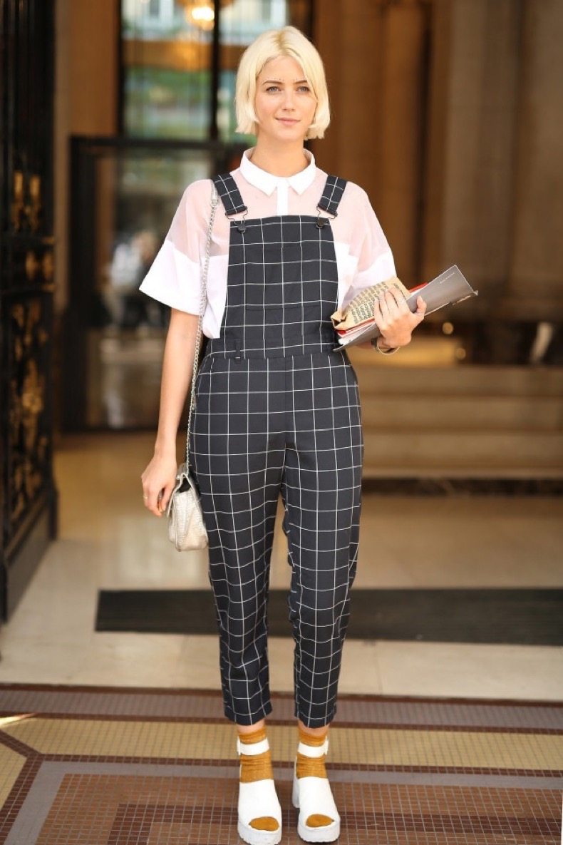 overalls-windowpane-prints-socks-treaded-sandals-creepers-90s-whtie-shoes-black-and-white-sheer-pfw-street-style-time-regas-insta-wheresmydriver-640x960