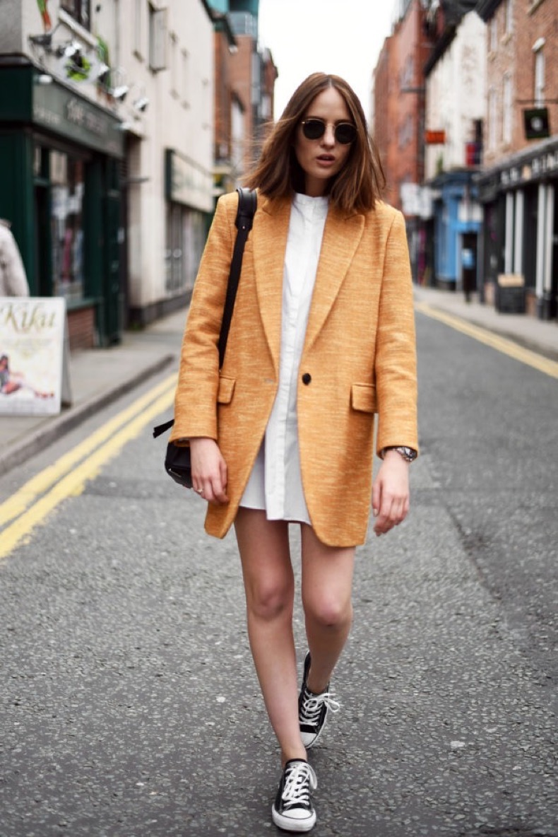 shirt-dress-shirtdress-converse-sneakers-and-dresses-lwd-summer-to-fall-transitional-dressing-orange-coat-boyfriend-blazer-coat-shot-from-the-street-640x959