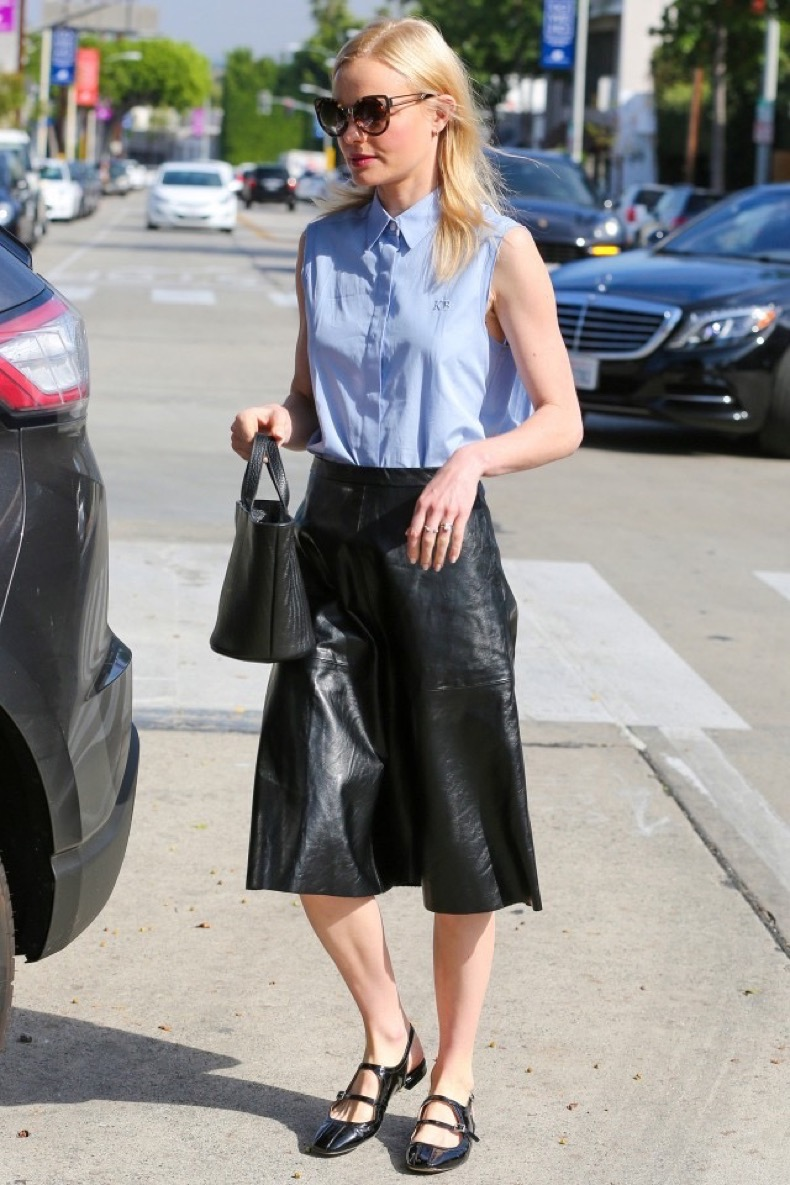 the-bag-style-kate-bosworth-wears-with-everything-1696907-1458056610.640x0c