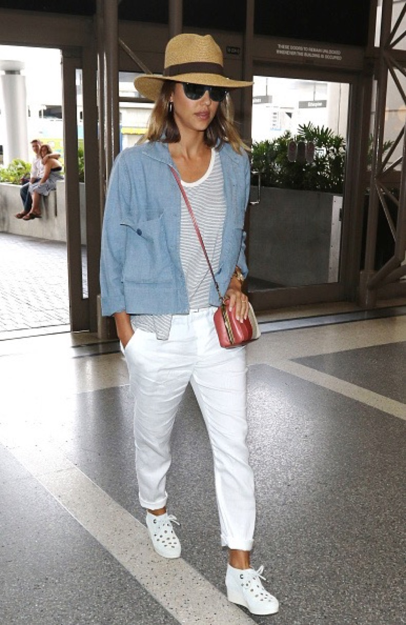 LOS ANGELES, CA - JULY 05: Jessica Alba is seen on July 5, 2015 in Los Angeles, California. (Photo by JMA/Star Max/GC Images)