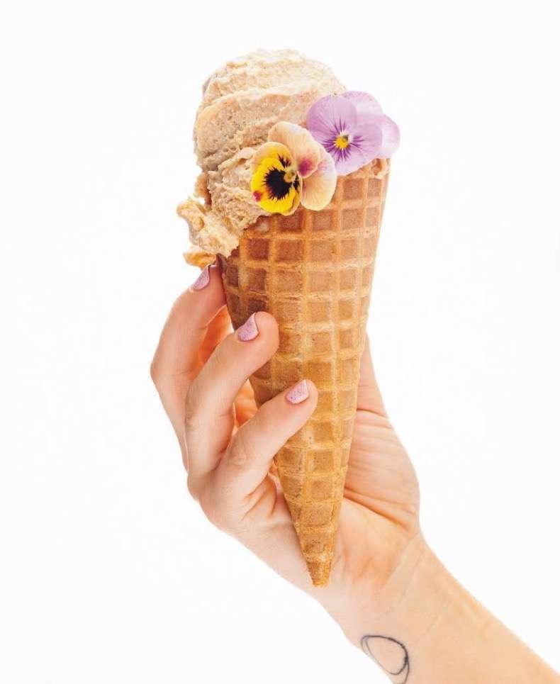maple-cashew-cornflake-ice-cream