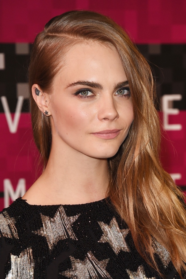 cara-delevingne-beauty-evolution-4