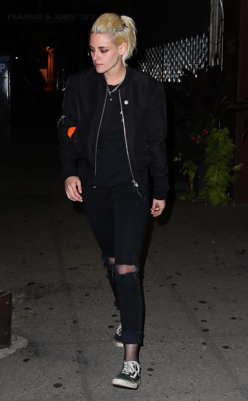 rs_634x1024-161014092424-634-kristen-stewart-nyc-jr-101416