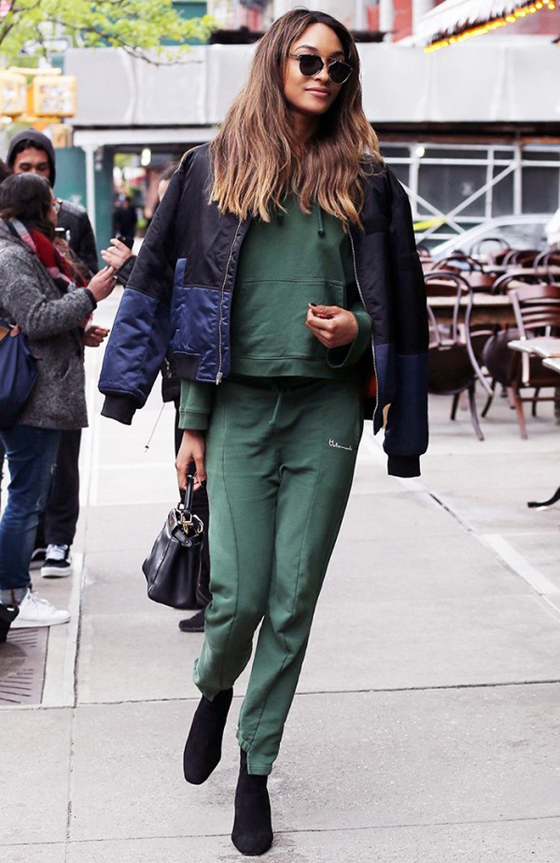 the-ultimate-celebrity-guide-to-wearing-a-bomber-jacket-1772215-1463520090-600x0c