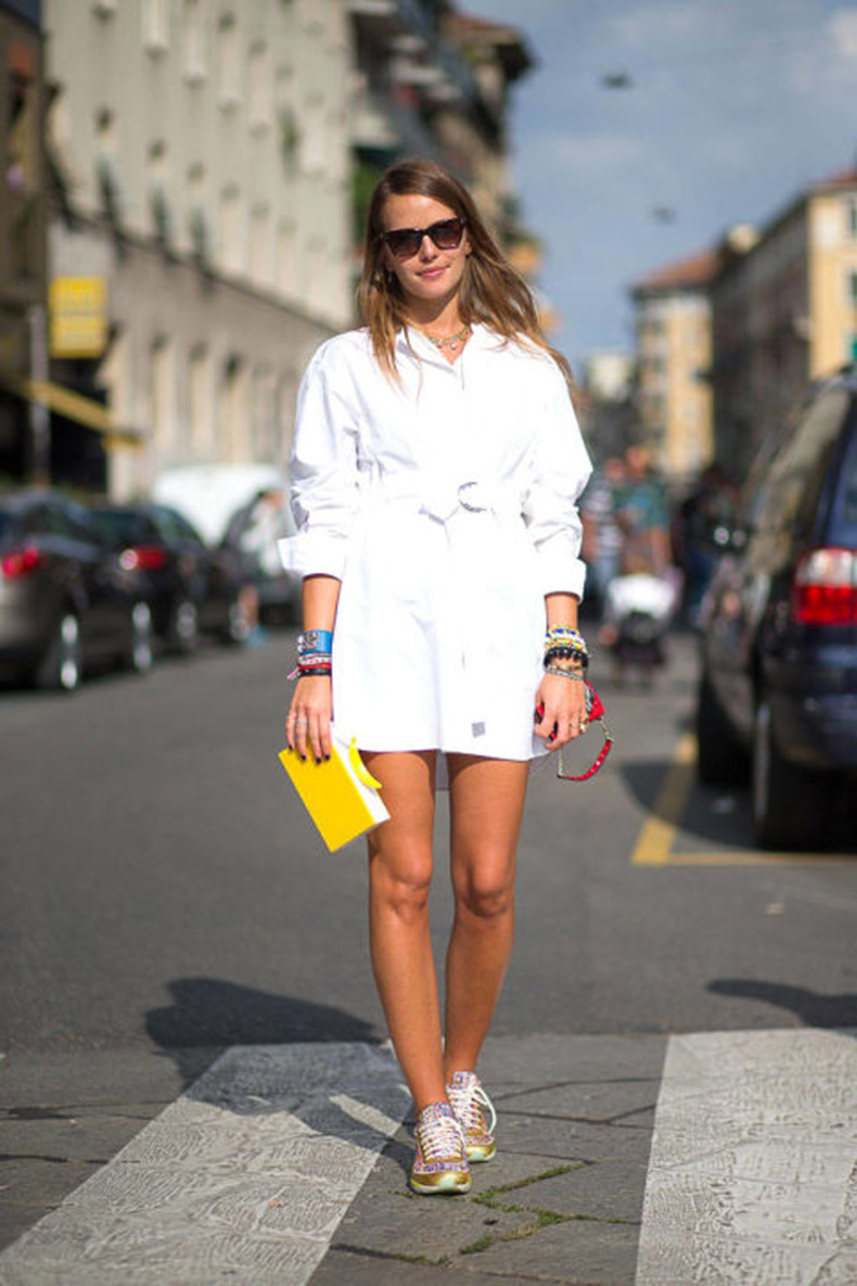 54bc2405e8be1_-_hbz-shirtdress-2-mfw-ss2015-street-style-day5-27-lg