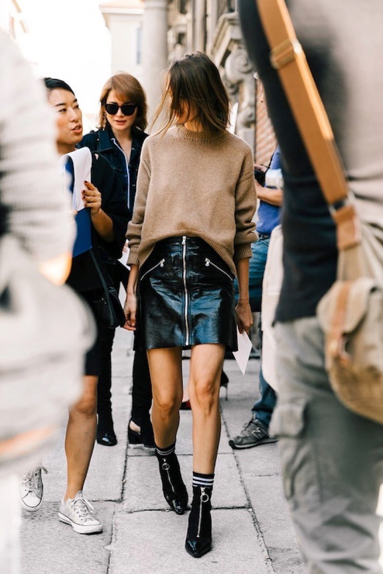 le-fashion-blog-street-style-mfw-tan-sweater-patent-leather-mini-skirt-striped-socks-pointed-toe-ankle-boots-via-vogue-spain