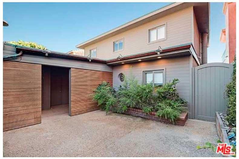 leonardo-dicaprio-sells-malibu-house-big-profit-1