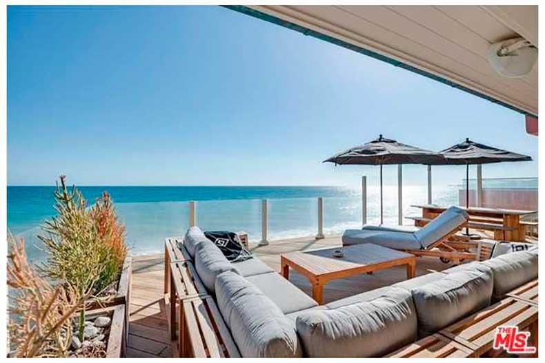 leonardo-dicaprio-sells-malibu-house-big-profit-13