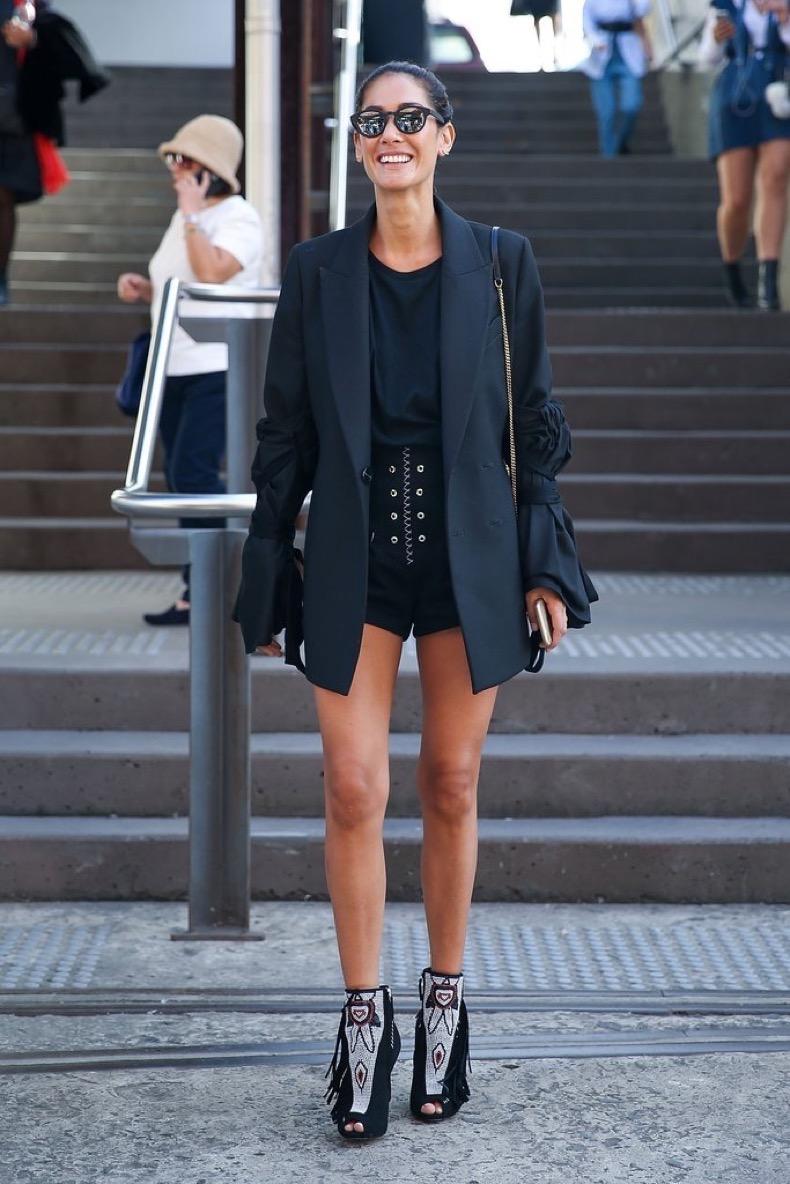 short-shorts-look-chic-when-paired-longer-blazer