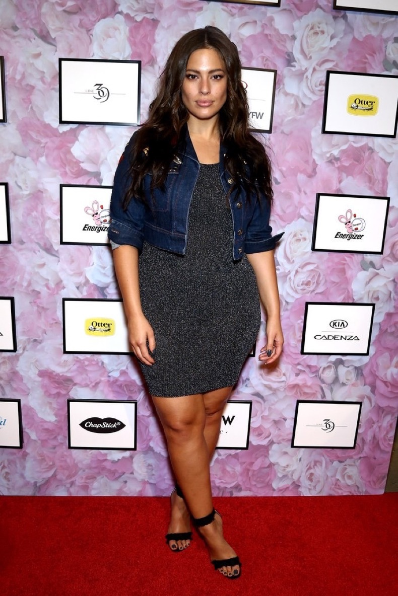 ashley-graham-date-in-outfit