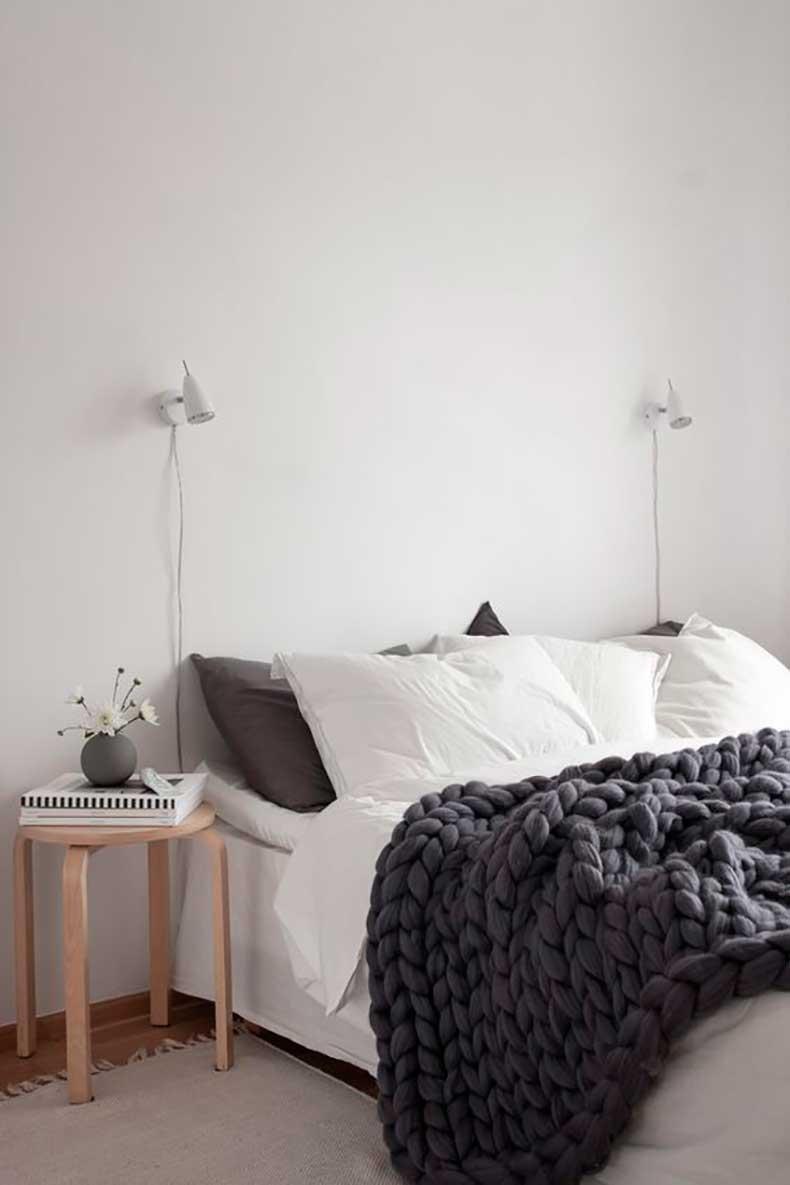 bed-cover-scandivanian-bedroom