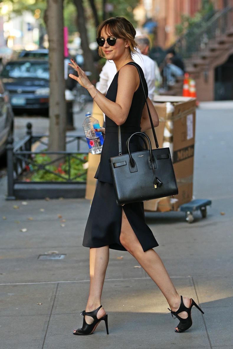 Dakota Johnson heads to Jimmy Fallon wearing a black skirt, NYC Pictured: Dakota Johnson Ref: SPL1128236 160915 Picture by: Splash News Splash News and Pictures Los Angeles: 310-821-2666 New York: 212-619-2666 London: 870-934-2666 photodesk@splashnews.com