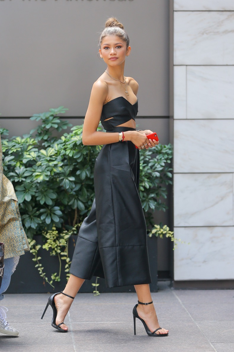 Zendaya spotted looking radiant while arriving into an office building in Midtown, New York City Pictured: Zendaya Ref: SPL1095550  050815   Picture by: Felipe Ramales / Splash News Splash News and Pictures Los Angeles:	310-821-2666 New York:	212-619-2666 London:	870-934-2666 photodesk@splashnews.com