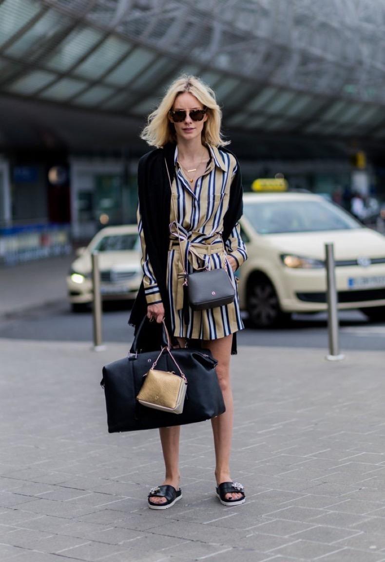 easiest-travel-shoe-accompany-printed-shirtdress