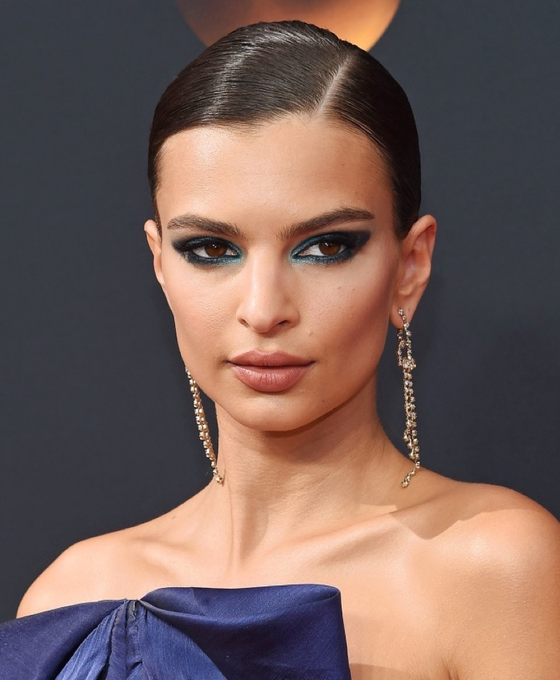 September 18, 2016 Los Angeles, CA Emily Ratajkowski arriving to the 68th Primetime Emmy Awards held at the Microsoft Theatre ©OConnor-Arroyo/AFF-USA.com