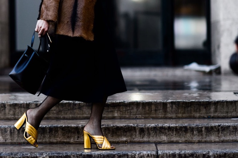 fishnets-fur-coat-mules-gold-mules-gucci-mules-pfw-street-style-elle