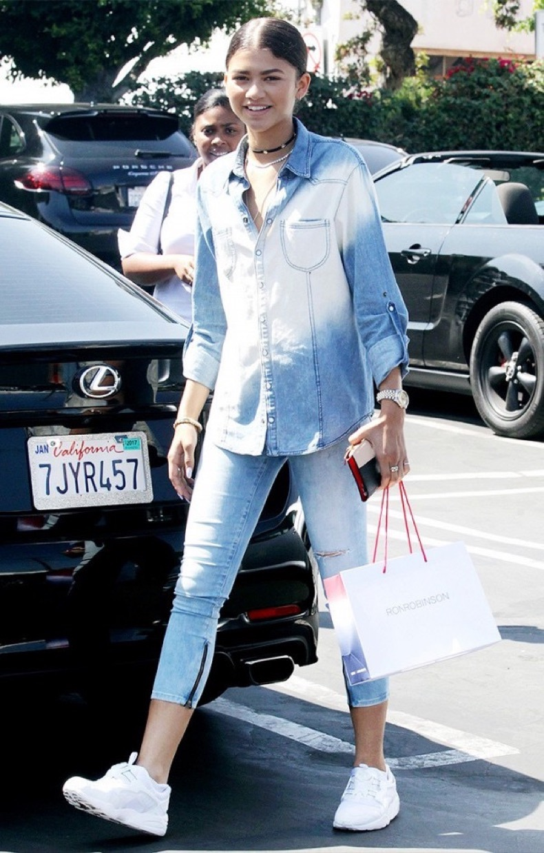 from-gigi-to-zendaya-the-celeb-denim-trend-you-need-to-try-1919019-1475069028-600x0c