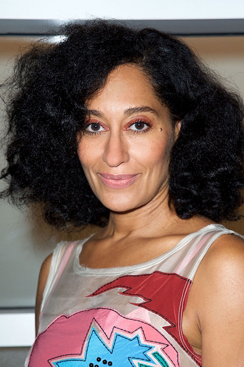 gallery-1445974999-hbz-curls-tracee-ellis-ross