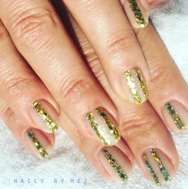 hbz-holiday-nails-10