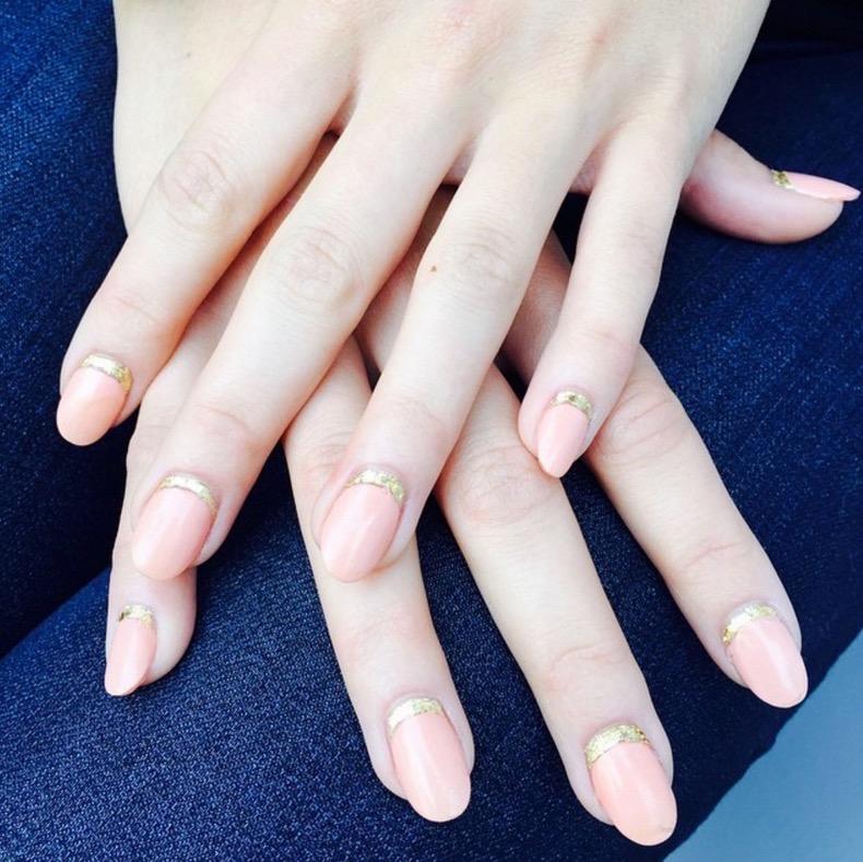 hbz-holiday-nails-12