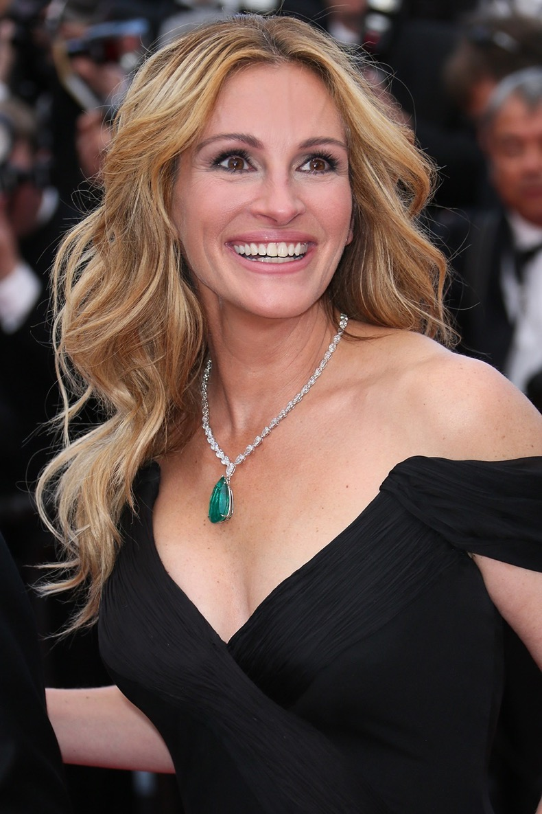 "CANNES, FRANCE - MAY 12:  Julia Roberts attends the ""Money Monster"" Premiere during the 69th annual Cannes Film Festival on May 12, 2016 in Cannes, France.  (Photo by Tony Barson/FilmMagic)"