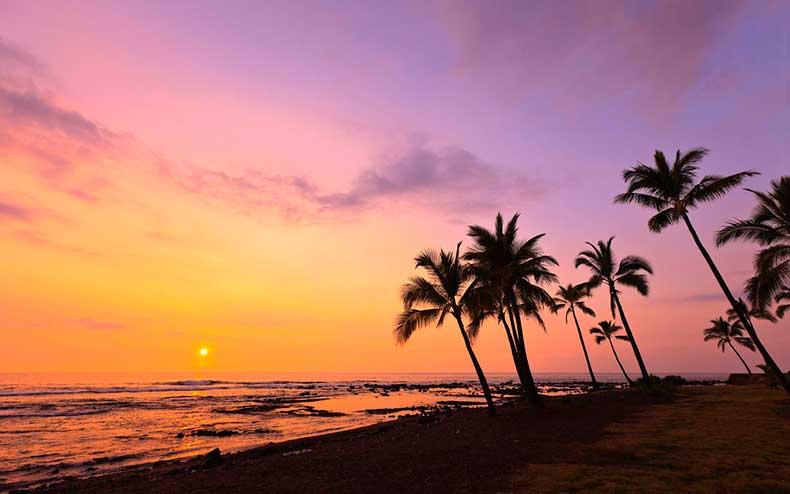 kahaluu-bay-kona-big-island-hawaii-wrldsnst1122