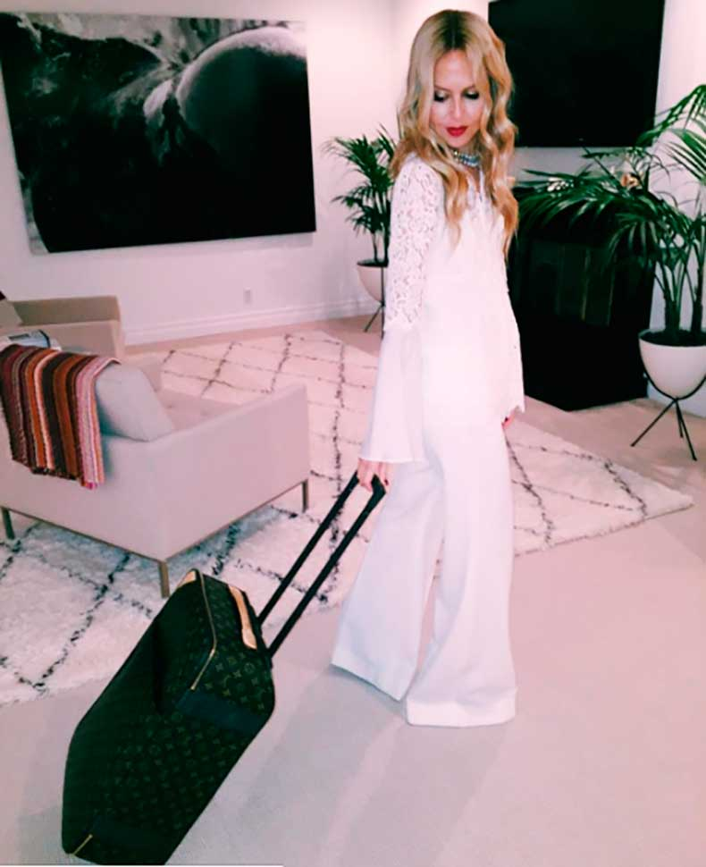 1rachel-zoe-living-room-instagram
