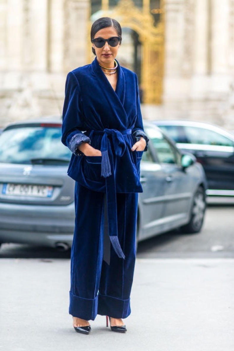 2-hbz-pfw-ss17-street-style-day-4-18