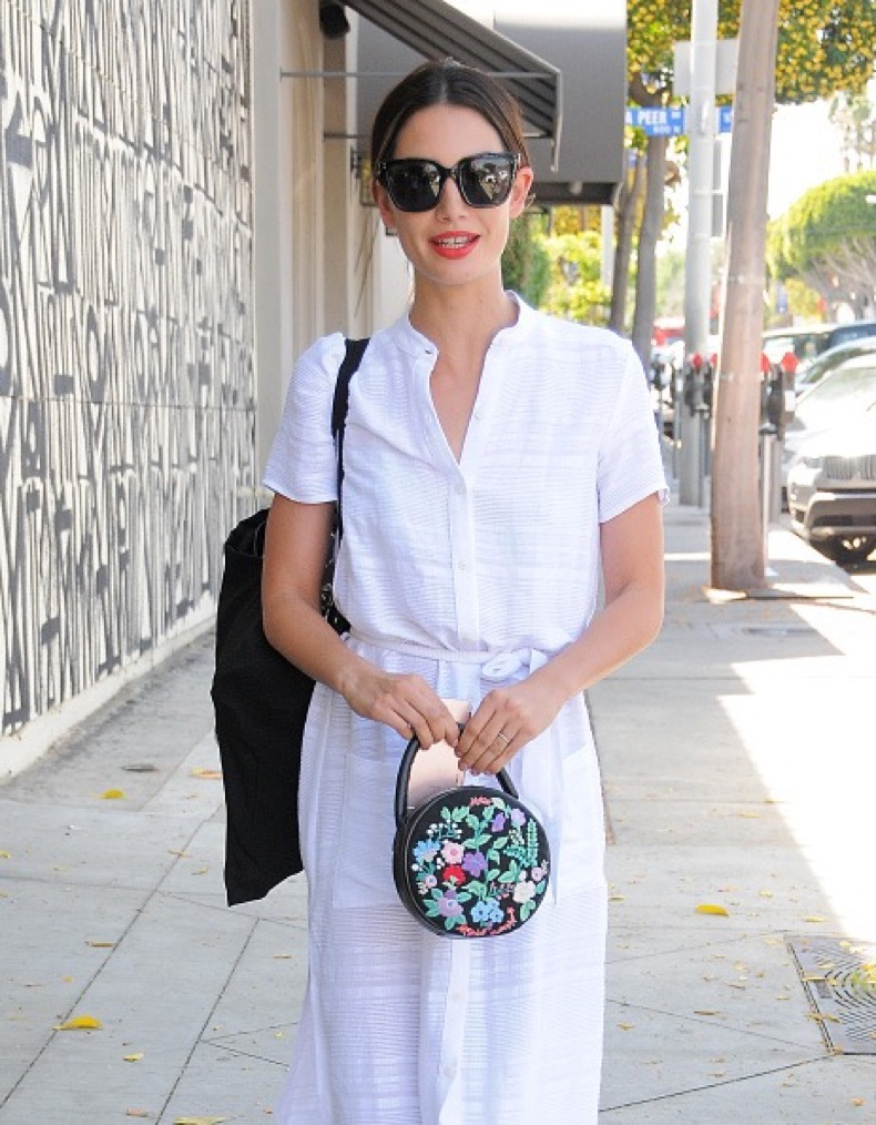 LOS ANGELES, CA - APRIL 05: Lily Aldridge is seen on April 05, 2016 in Los Angeles, California.  (Photo by Bauer-Griffin/GC Images)