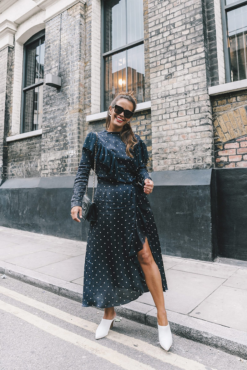 lfw-london_fashion_week_ss17-street_style-outfits-collage_vintage-vintage-topshop_unique-polka_dot_dress-white_mules-topshop_boutique-adenorah-44-1600x2400