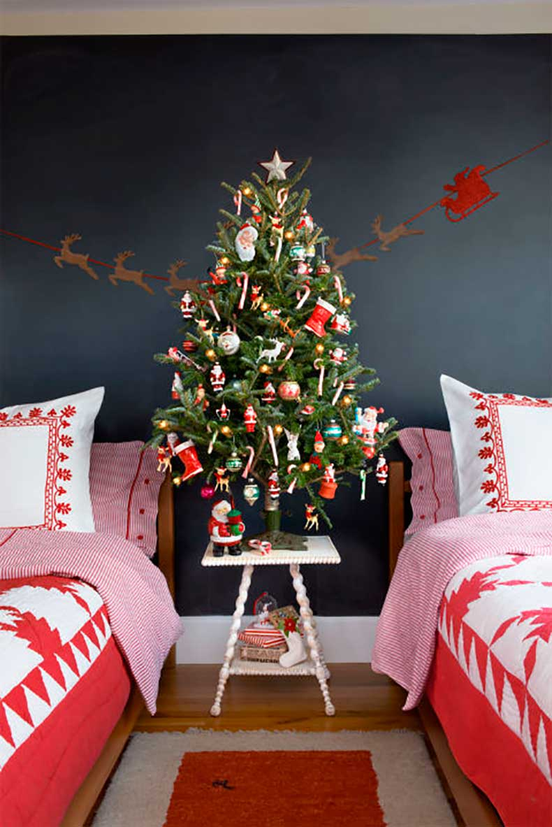 christmas-tree-santa-claus-1215