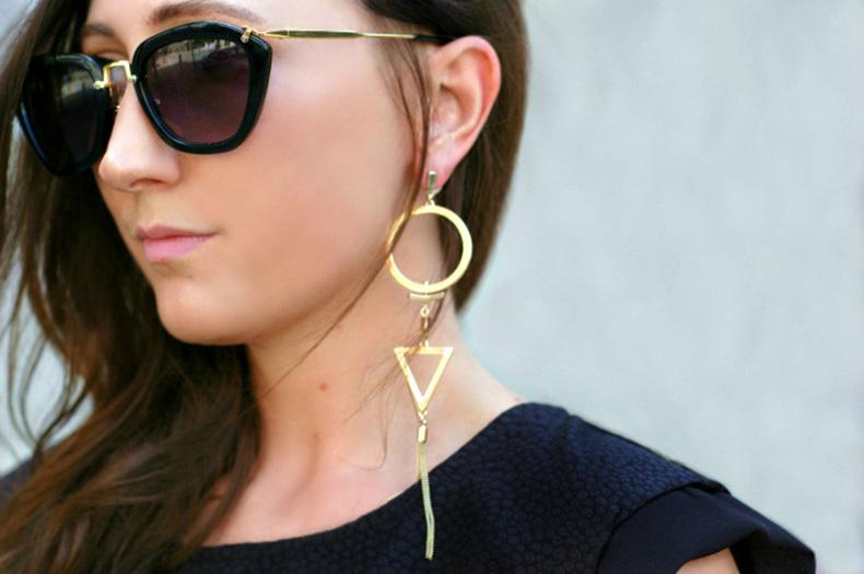 gold-sculptural-earrings