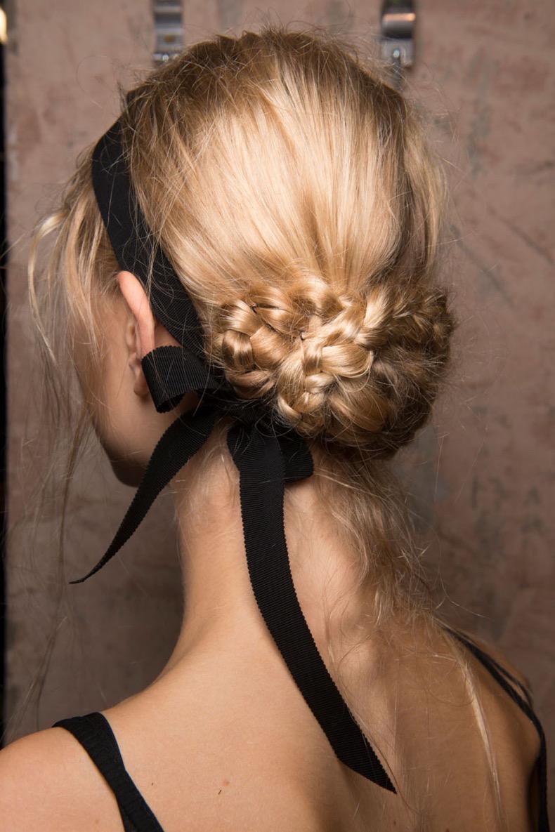 hbz-hair-trends-2017-not-so-basic-braids-erdem-bks-m-rs17-1970_1