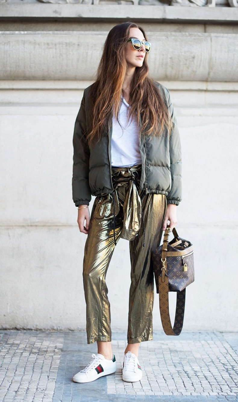 the-holiday-trend-you-can-wear-in-january-and-beyond-1972478-1478815785-600x0c