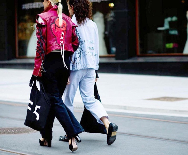 the-jacket-trend-all-the-cool-girls-are-wearing-1998998-1480619867-600x0c