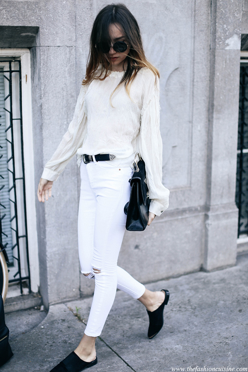 white-summer-outfit-skinny-high-waisted-jeans-western-black-belt-flat-mules-trend-2016-fashion-blogger-1