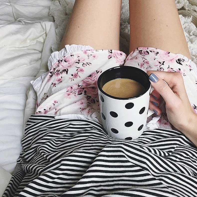 Mi cafetería. - Página 2 Comfy-Cozy-Dotted-Mug